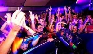 Platinum DJs provide Mainroom DJs and Warm Club DJs for Clubs in the UK and Worldwide