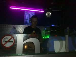 DJ Kit Leonard - Playing at H2O Club in Gravesend, Kent