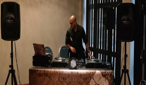 DJ Bart performing at the Grange Hotel in London for a Wedding.