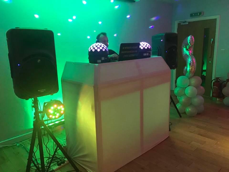 Performance by Kent Party DJ Murdoch.